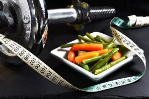 weights and healthy food