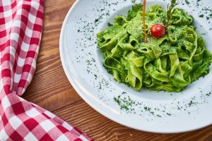 best diet for busy lifestyle - green pasta dish