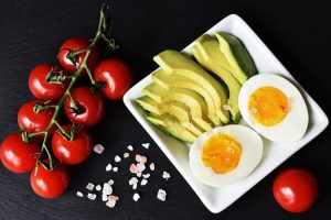Tomatoes, eggs and zucchini
