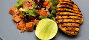 Grilled chicken - a meal in a keto deit plan for beginners.