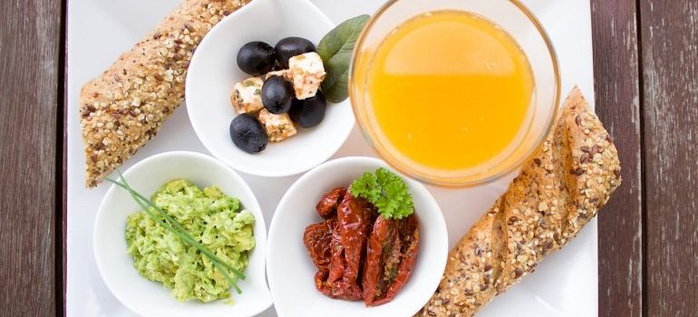Breakfast made according to rules of weight loss breakfast menu