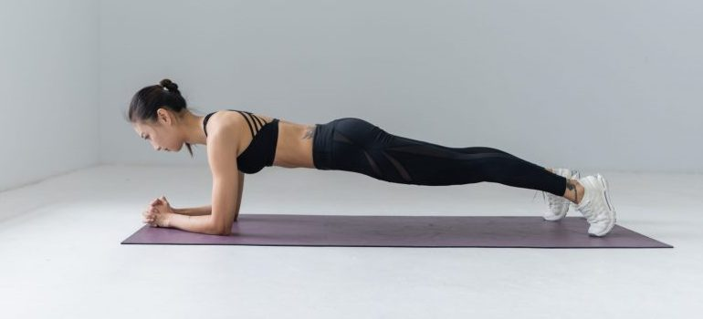 female workout - planks