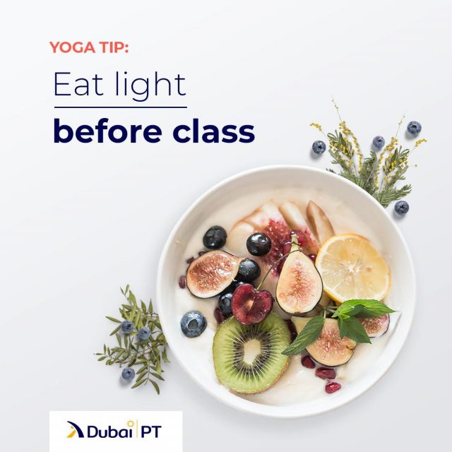 Having a big meal before your training session can be very uncomfortable during various posture twists. Give yourself an hour or two to let the food digest before you head to class.⁣ ⁣ #yoga #yogatips #dubaipt